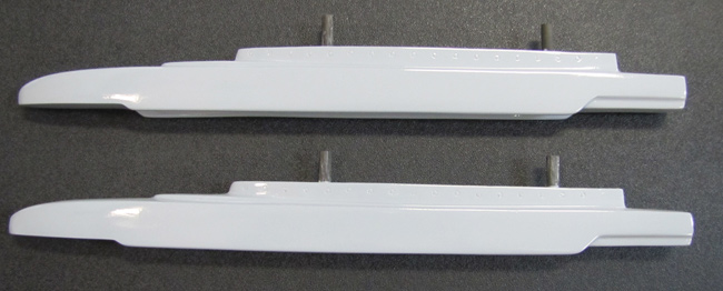 F-18 1:7.75 PNP Missile Rails - Grey
