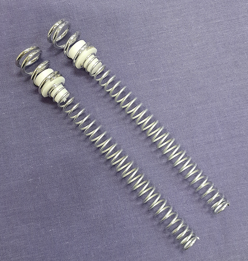 1;7.75 F/A-18F Main Gear Spring Set